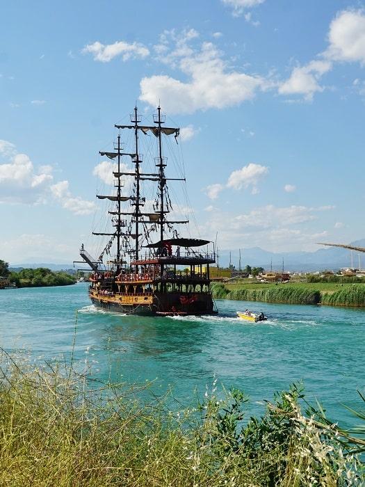 Круиз по реке Манавгат из Кемера