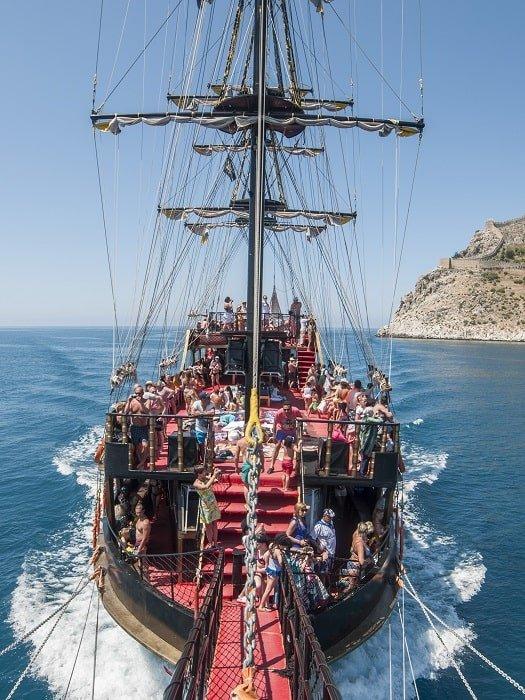 Пиратский корабль Big Kral в Анталии